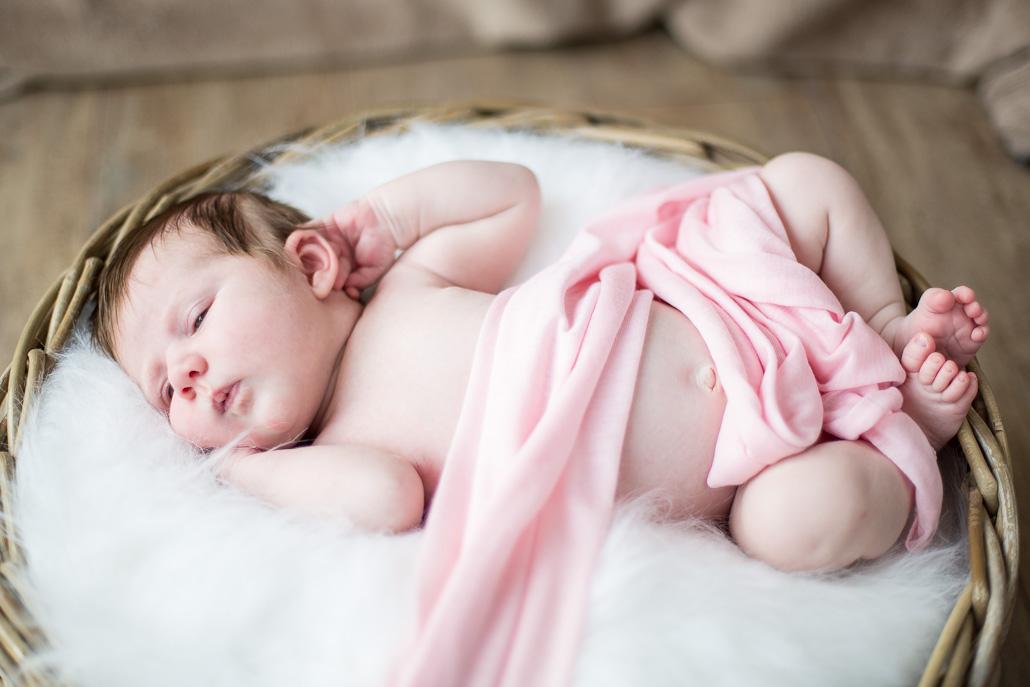newborn in mand