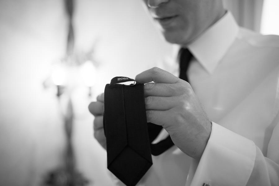 Bruidegom met Hugo Boss stropdas