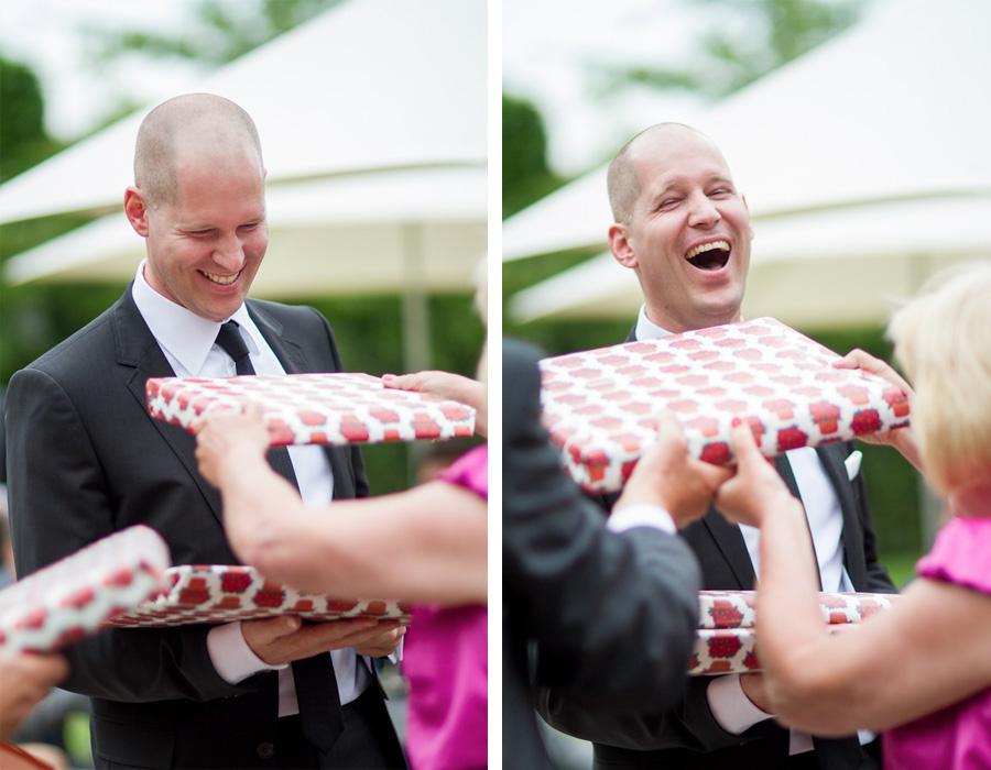 Bruidegom krijgt cadeau van zijn ouders